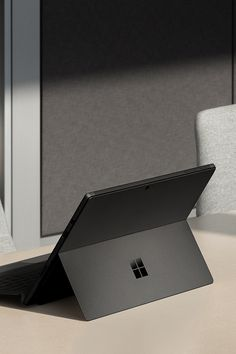 Studio mode in the new Surface Pro 6 lets you write and edit naturally. Best Laptop Brands, New Surface Pro, Laptop Design, Microsoft Surface Book, Best Laptops, Electronic Devices, Creative Studio, Cool Gadgets, Industrial Design
