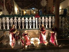 O Natal na Florença é comemorado e curtido pelos nossos hospedes com o verdadeiro espírito cristão, mas não deixamos de curtir uma bela decoração natalina com o nosso lindo presépio e a linda árvore de Natal.