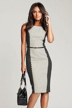 Next Kleid in Schwarz + Gepunktet
