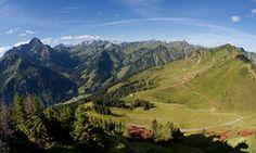 C01HW0 Mt Widderstein and Mt Muttelbergkopf as seen from Mt Walmendinger Horn, Allgaeu, Kleinwalsertal, Vorarlberg, Austria…