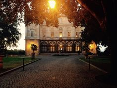 Roma , un fuori porta tra i vigneti ... Wine Wedding . Rome , out-of-town in the vineyards ... Wine Wedding .