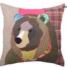 Sewing Cushions Bear Cushion by Carola van Dyke - Applique Cushions, Sewing Pillows, Wool Applique, Applique Patterns, Applique Quilts, Quilt Patterns, Motifs D'appliques, Modern Upholstery Fabric, Animal Cushions