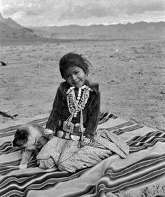 A very Nizhoni Shi'yazhi this little Navajo girl is all dressed in her Navajo attire this photo was taken in 1940 very Nizhoni Native American Actors, Native American Children, Native American Beauty, Native American Photos, American Indian Art, Native American History, Native American Indians, Navajo People, Walk In The Spirit