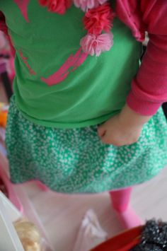 #watdoetvanessanu naaien sew sewing rokjes green girl Marissa rokje groen