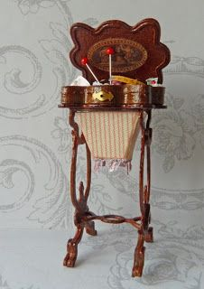 """""""Antique"""" miniature sewing table with decorated lid made by Reina Mab Miniaturas"""