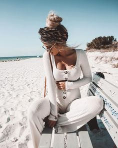 Cozy morning beach walks never get old 🌾 Fashion Nova fashion fashion summer fashion winter outfits Kleidung Cute Maternity Outfits, Stylish Maternity, Maternity Pictures, Maternity Wear, Cute Outfits, Maternity Clothing, Fall Beach Outfits, Stylish Pregnancy, Outfit Beach