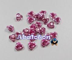 Rosas aluminio color rosa, valido para hilo y para pegar en cabuchones