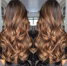 These 17 Caramel Hair Colors Are Trending for 2019 - Style My Hairs Brown Hair Balayage, Brown Blonde Hair, Light Brown Hair, Hair Color Balayage, Brunette Hair, Hair Highlights, Ombre Hair, Bronde Balayage, Caramel Balayage