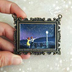#Lalaland #craft #lalalandmovie #polymerclay #fimo #lecreazionidifranzin #movie #art #movieart #painting #polymerclaypainting #lovelynight #city #star #stars #cityofstars #lalalandfanart #fanart #emmastone #ryangosling #lalalanders #lalalander #lalalove #cinema #necklace #pendant #actor #oscar2017