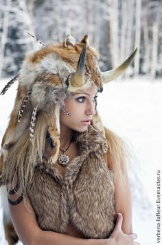 f Barbarian forest snow winter cosplay Viking Warrior, Larp, Character Inspiration, Character Design, Kleidung Design, Medieval Fantasy, Medieval Gown, Barbarian, Fantasy Characters