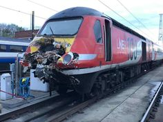 The Rail Accident Investigation Branch has released its initial findings after an LNER Azuma crashed into an LNER HST in Leeds. Electric Locomotive, Diesel Locomotive, Train Pictures, British Rail, Speed Training, Power Cars, Train Set, Train Station, Leeds