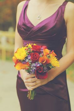 A perfect idea for a Fall bouquet - for the bride or her 'maids!