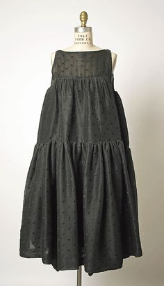 Ensemble House of Balenciaga (French, founded 1937) Designer: Cristobal Balenciaga (Spanish, Guetaria, San Sebastian 1895–1972 Javea) Date: spring/summer 1959 Culture: French Medium: silk