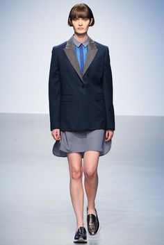 Richard Nicoll Fall 2014 Ready-to-Wear - Collection - Gallery - Look 1 - Style.com