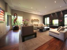 Clean, Classic Living Room - Home and Garden Design Ideas