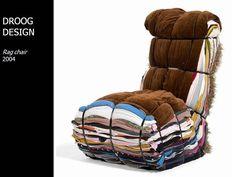Rag Chair - Droog Design - recycle - transform - assembly of old clothes Rag Chair – Droog Design – recycler – transformer – assemblage de vieux vêtemen… Rag Chair – Droog Design – recycle – transform – assembly of old clothes to form an armchair Slow Design, Nachhaltiges Design, Chair Design, Upcycled Furniture, Cool Furniture, Furniture Design, Reuse Furniture, Upcycling Design, Design Your Own Clothes