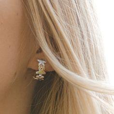 100% hopeaa, valmistettu suomessa✨ #hopeakorut #korvakorut #finnishdesign #designfromfinland #käsityö Diamond Earrings, Stud Earrings, Martini, Jewelry, Fashion, Moda, Jewlery, Jewerly, Fashion Styles
