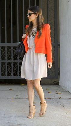 vestido naranja con saco - Buscar con Google