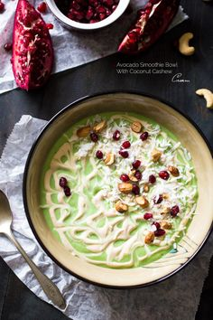 Get Energized With These Breakfast Smoothie Bowl Recipes -