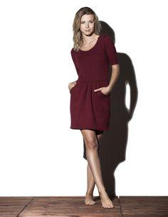 http://pl.dawanda.com/product/69527035-Peach-Dress-bordo