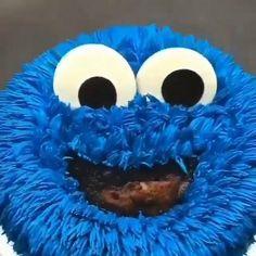 Cake Decorating Frosting, Cake Decorating Videos, Cake Decorating Techniques, Festa Cookie Monster, Fondant Cakes, Cupcake Cakes, Cake Icing Techniques, Tire Cake, Amazing Food Art
