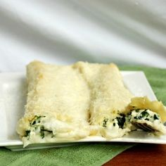Authentic Italian dinner made with homemade pasta, ricotta, spinach and Bechamel sauce!