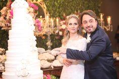 Casamento de Juliana e Luciano. Veja as fotos no blog: www.revistanovasnoivas.blogspot.com