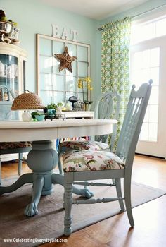 Kitchen table makeover - Dining Room Table and Chairs Makeover with Annie Sloan Chalk Paint Refurbished Furniture, Painted Furniture, Home, Dining Room Chairs, Painted Kitchen Tables, Table Makeover, Furniture Makeover, Dining Room Table, Dining Room Furniture