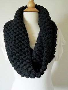 "Pompom ""Puff Stitch"" Cowl, Neckwarmer in Black"