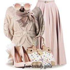 Como uma pessoa que tem no sua personalidade o estilo romântico combina usa e combinas as cores! sweater with skirt