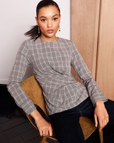 Work must-have: Menswear-inspired pieces that go from coffee dates to client pitches. Nyc Fashion, Fashion Outfits, My Wardrobe, Ann Taylor, Women Wear, Plaid, My Style, Blouse, Mens Tops