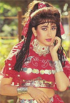karishma-kapoor-rare-unseen-pics.img (436×640) Beautiful Girl Indian, Most Beautiful Indian Actress, Indian Actresses, Actors & Actresses, 90s Stars, Karisma Kapoor, Vintage Bollywood, Star Cast, India Beauty