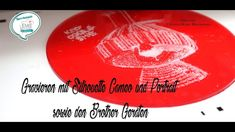 Gravieren mit Cameo, Portrait und den Brother Geräten - Plottersprechtun... Silhouette Cameo, Blog, Portrait, Cd Cases, Hang In There, Headshot Photography, Silhouette Cameo Projects, Blogging, Portrait Paintings