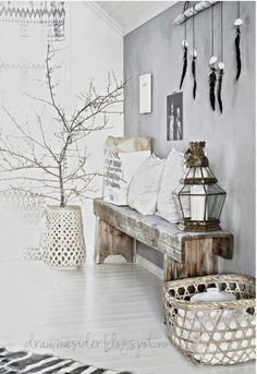 Get inspired by these 17 bohemian chic interior designs . - Get inspired by these 17 bohemian chic interior designs room - Bohemian Interior, Scandinavian Interior, Home Interior, Interior Decorating, Ibiza Style Interior, Estilo Interior, Natural Interior, Interior Plants, Scandinavian Living