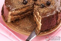 Receita de Bolo de chocolate recheado com doce de leite em receitas de bolos, veja essa e outras receitas aqui!