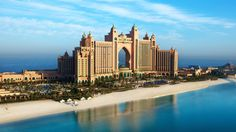 The Palm Jumeirah / Dubai