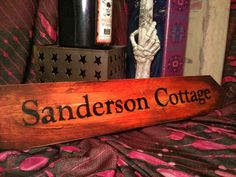 Sanderson Cottage by DreamAroundtheCorner on Etsy, from Hocus Pocus! Fröhliches Halloween, Halloween Signs, Halloween Birthday, Holidays Halloween, Halloween Decorations, Halloween Table, Fall Decorations, Vintage Halloween, Hocus Pocus Halloween Decor