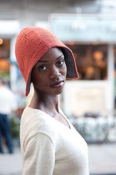 ~inspiration~ Ravelry: subway hat pattern by Kristina McGowan Crochet Quilt, Knit Crochet, Winter Wear, Winter Hats, Hipster Hat, Caron Yarn, Modern Tops, Pumpkin Colors, Ski Hats