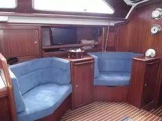 ... Interior - Boat ...