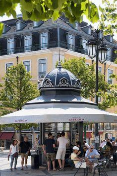Algarve, Portugal Places To Visit, Kiosk Design, Iberian Peninsula, Portuguese, Gazebo, The Neighbourhood, Exterior, Beautiful