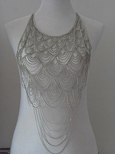 Breathtaking. Anyone that makes chainmaille can appreciate this gorgeous labor of love. It must have taken forever.