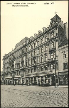 Vintage Architecture, Historical Architecture, Vienna Austria, Old Buildings, Time Travel, Hungary, Old World, Old Photos, Louvre