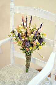 Wildflower bouquet - I like that this looks interesting