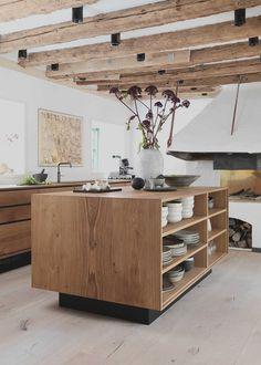 Home Decor Kitchen, Rustic Kitchen, Interior Design Kitchen, Decorating Kitchen, Kitchen Ideas, Wood Kitchen Island, Kitchen Images, Kitchen Modern, Kitchen Islands