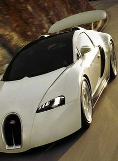 Bugatti Veyron White | GLEAMEE ENT.  #luxury #bugatti #expensive #supersport #veyron