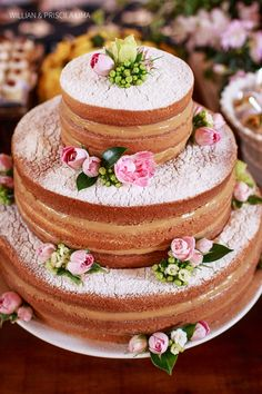 Naked Cake- Dusted with Powdered Sugar + Decorated with Pink Roses or Faux Pink Flowers + a Tasty Filling such as Caramel Sauce or Dulce de Leche! Bolos Naked Cake, Naked Cakes, Food Cakes, Cupcake Cakes, Pretty Cakes, Beautiful Cakes, Amazing Cakes, Quinceanera Cakes, Elegant Cakes