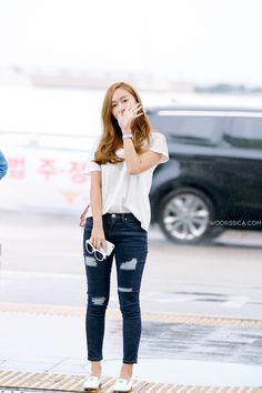 Jessica Jung Airport Fashion 150712 2015