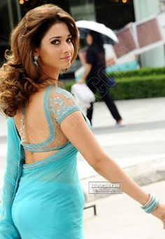 Tamanna Bhatia Backless in saree VP