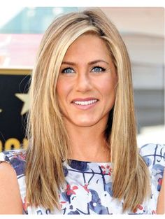 Jennifer Aniston wants no introduction. Aniston has come a great distance along with her pure wantin Pretty Hairstyles, Straight Hairstyles, Choppy Hairstyles, Scene Hairstyles, Medium Hairstyles, Formal Hairstyles, Celebrity Hairstyles, Easy Hairstyles, Jennifer Aniston Haar