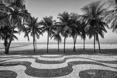 Calçadão de Copacabana, em Preto e Branco. Tamanho 60x40cm World Traveler, Cool Pictures, Black And White, Landscape, City, Beach, Water, Outdoor, White Photography